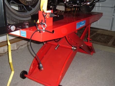 just bought the harbor freight 1200lb lift table harley