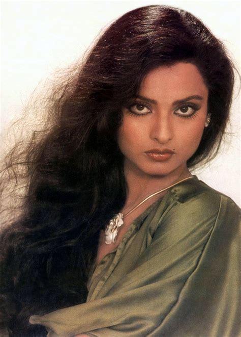 biography of film star rekha rekha junglekey in image 50