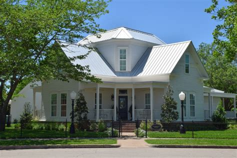 magnolia house bed and breakfast waco magnolia house in mcgregor texas new style for 2016 2017