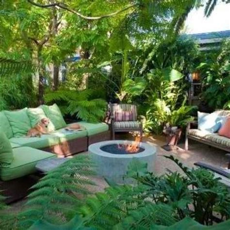 Tropical Patio Decor by Tropical Decor New Back Yard Wonderful World Of