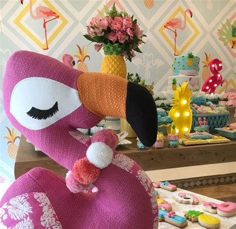 tema a tema festa com tema flamingo pool party kikids party