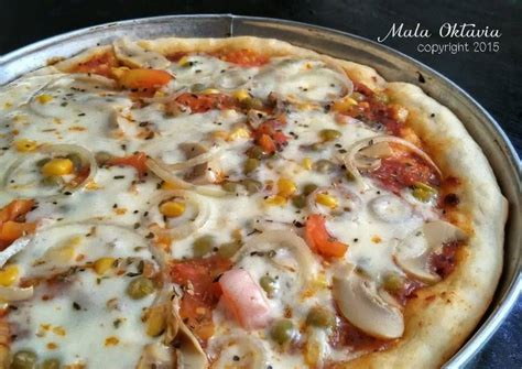 resep pizza homemade oleh mala oktavia cookpad