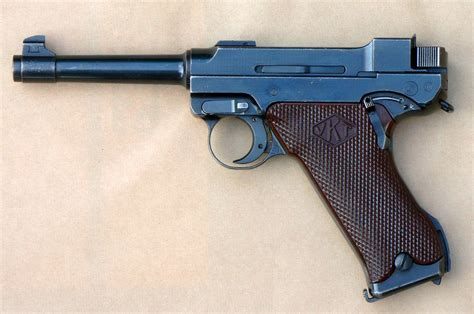 Pistol L by Lahti L 35