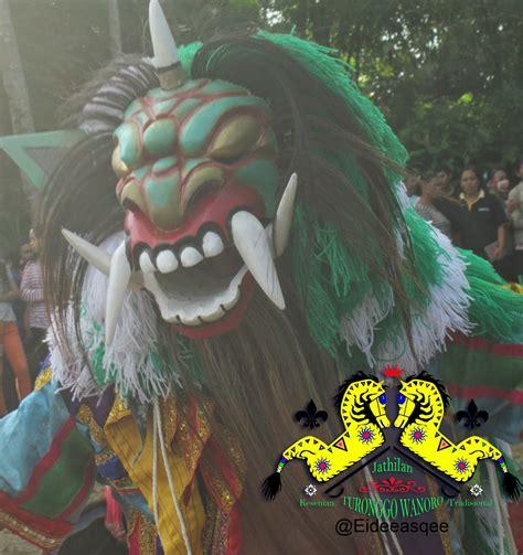 Masker Buto Ijo Moment foto foto jathilan turonggo wanoro dusun ganjuran kali gending minggu 17 agustus 2014 magelang