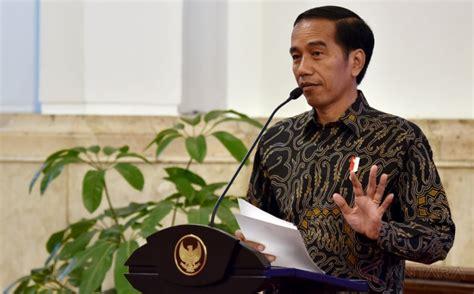 Memperkuat Jiwa Kepemimpinan rektor ugm jokowi presiden pertama hadiri kongres pancasila lombokita