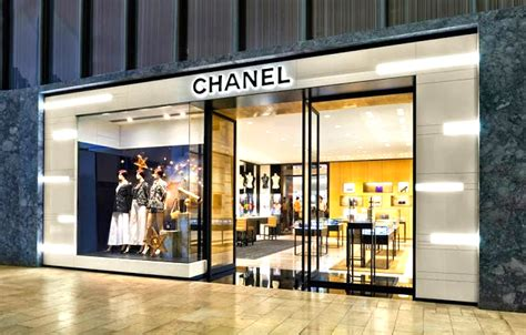 Yorkdale Floor Plan by Yorkdale S Mall Fronting Chanel Store Is Actually A Holt