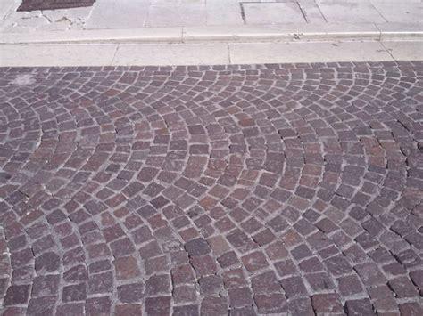 pavimenti per giardino prezzi pavimentazione esterna prezzi pavimenti per esterni