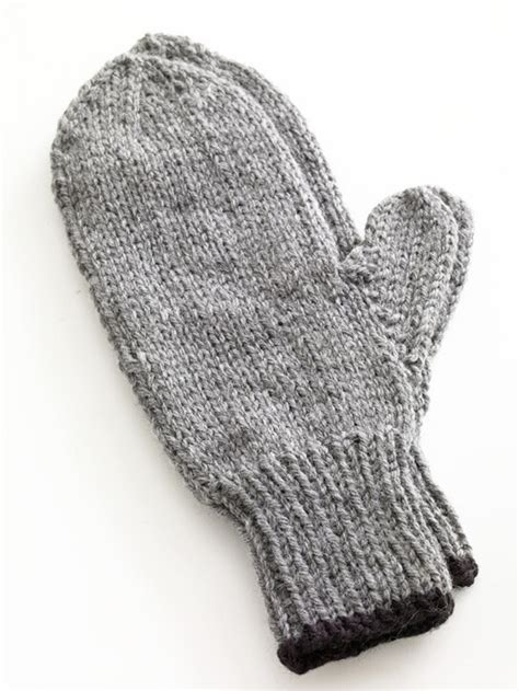 mitten pattern dk yarn toasty knitted mittens in lion brand wool ease 80677ad