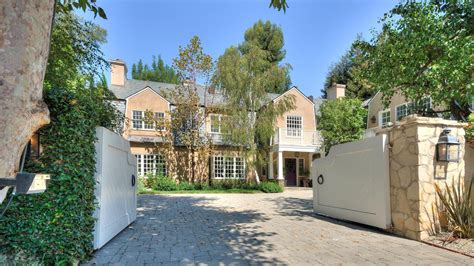 hello houses adele buys beverly home take a tour inside today