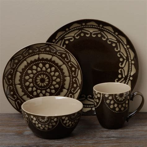7 Cool Dinner Sets by Tabletop Gallery Morocco Brown 16 Dinnerware Set