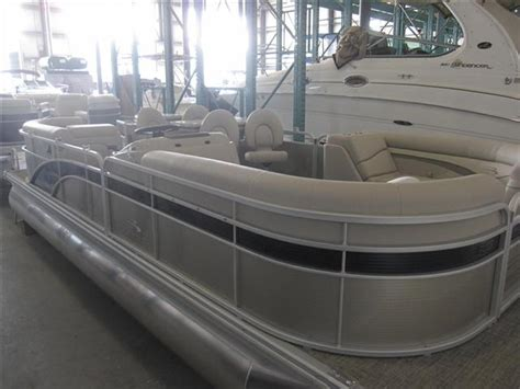 bennington pontoon boat dealers in ny bennington spdx pontoon boats new in alexandria bay ny