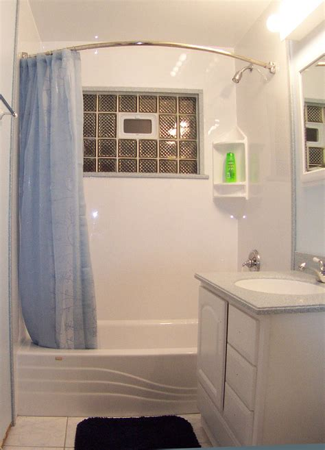 stylish small bathroom design ideas for a space efficient