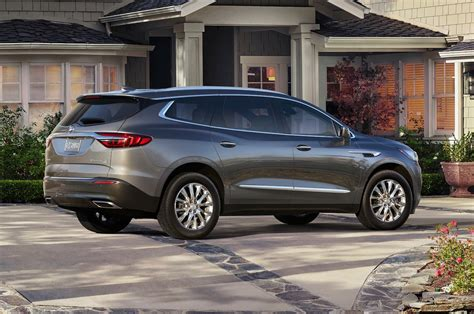 new buick 2018 enclave 2018 buick enclave reviews and rating motor trend
