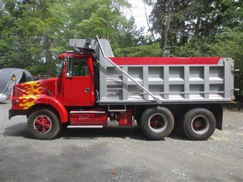 used volvo commercial trucks for sale pin volvo single axle used commercial trucks for sale on