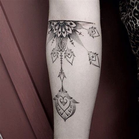 dot design tattoo 30 amazing dot work ideas