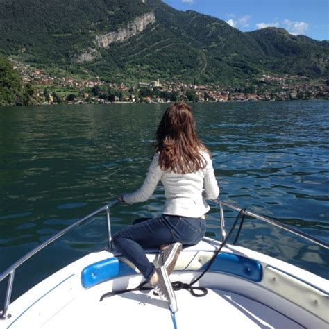 boat rental on lake como travel guide lake como italy all put together