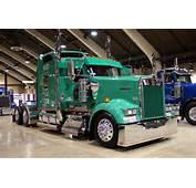 Blue Diamonds Trucks Big Cabover Build