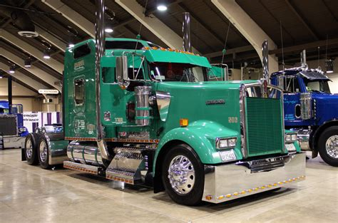 truck shows 10 4 magazine for today s trucker