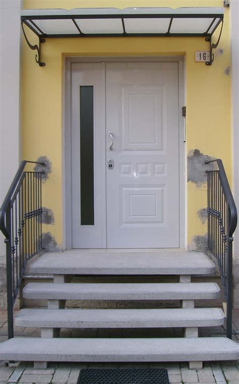 porte da esterno dn modena falegname produzione porte doppia anta in legno