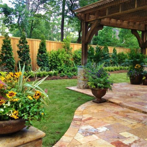 houzz backyards houzz spring landscaping trends study backyard