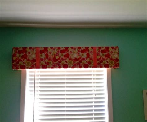 yesss badezimmer fabric covered window cornice 28 images cheap and easy