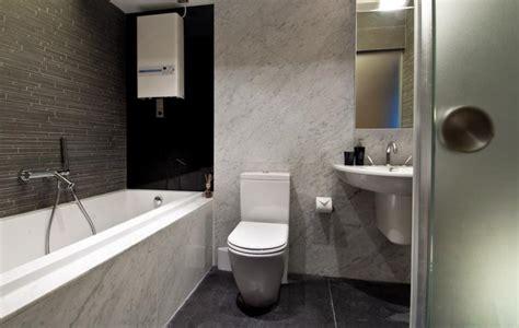 kleine keller badezimmerideen elegantes bad in schwarz wei 223 marmor und fliesen ideen
