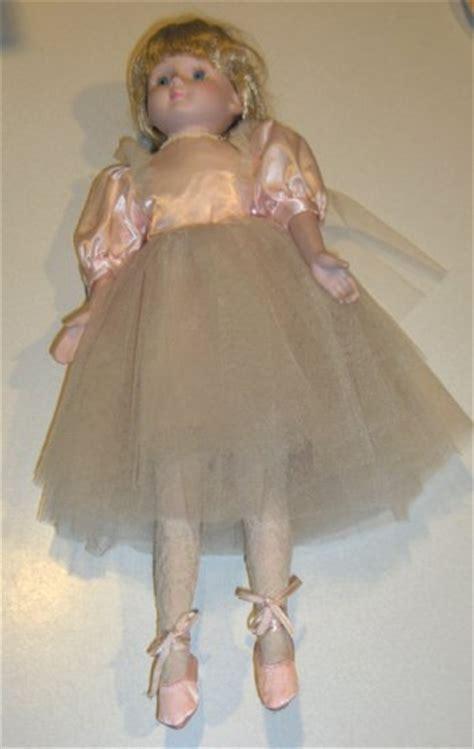 house of lloyd dolls 1989 house of lloyd porcelain ballerina doll