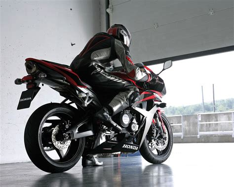 Cool Motorcycle History The Honda Cbr600 Series