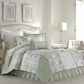laura ashley bedding outlet 25 best ideas about ashley outlet on pinterest coastal decor beach style lighting