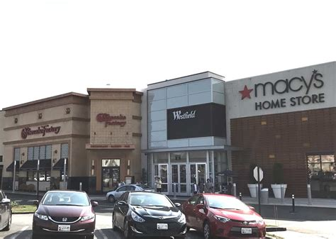 new restaurant coming noodles company going at the mall