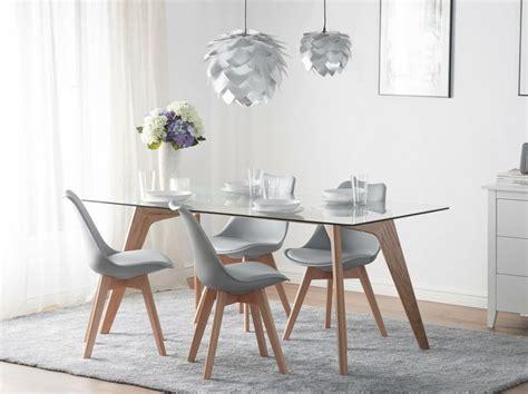 decoracion nordica comedor  mesa de madera  vidrio