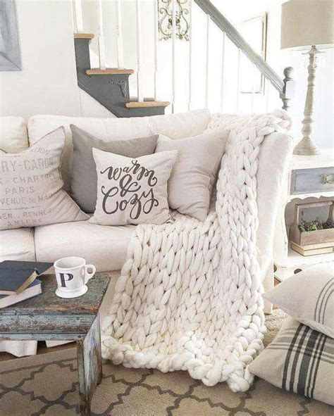 living room throw blankets best 25 ivory living room ideas on neutral curtains for the home living room