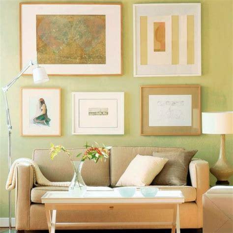 badezimmer deko pastell wanddekoration ideen mit bildern und familienfotos