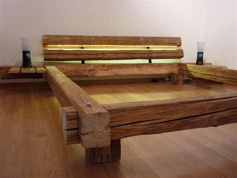Nachttisch Beleuchtet by Die Besten 25 Holzbett Selber Bauen Ideen Auf