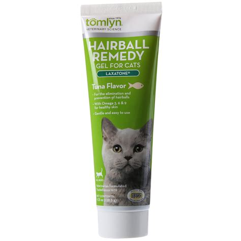 hairball remedy for dogs tomlyn 174 laxatone hairball remedy gel for cats tuna flavor 4 25 oz entirelypets