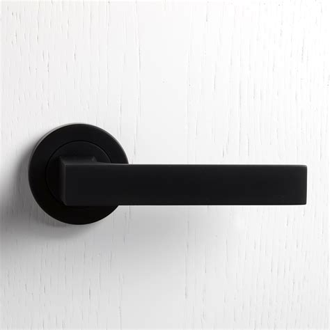 White Interior Door Handles Matt Black Door Handle Pinteres