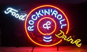 enseigne lumineuse n 233 on food drinks rock roll 70 x 45 cm