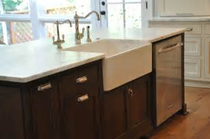 kitchen island with dishwasher farmhouse sink dishwasher in island kitchen