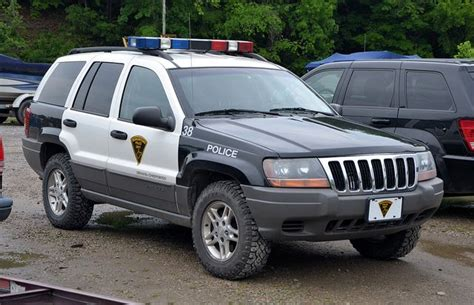 police jeep grand 15 best jeep police ambulance and search rescue images