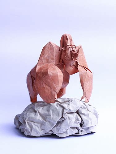 Origami Gorilla - all things paper origami sculptures by nguy盻 h 249 ng c豌盻拵g