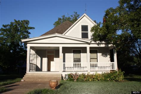 here s how one family with 5 kids renovated a historic texas farmhouse in 6 months huffpost