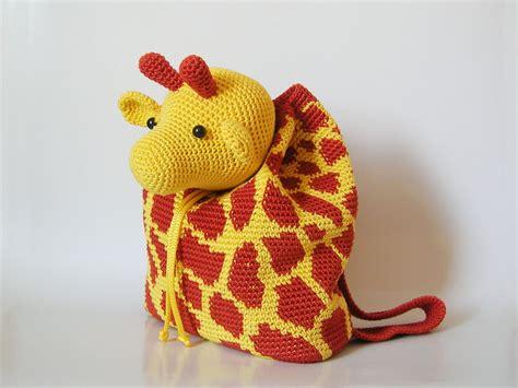 imagenes de jirafas tejidas a crochet giraffe backpack mochila de jirafa chabepatterns