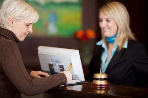 Room Place Customer Service by 5 Ways To Serve Great Customer Service In Hotel