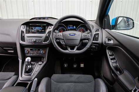 Ford Focus Rs Interior by Ford Focus Rs Performance Autocar