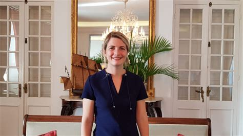Directrice De Cabinet by Directrice De Cabinet
