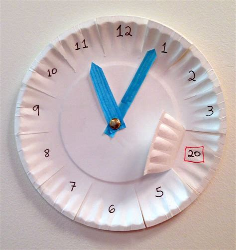 A Paper Clock - the yellin center practicing with clocks