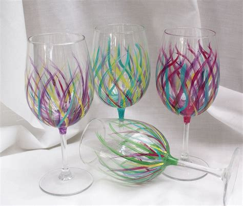Wine Glass Painting Ideas - 25 best ideas about painted wine glasses on