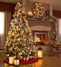 Home Decorated Christmas Trees 1000 Ideas About Christmas Tree Decorations On Pinterest