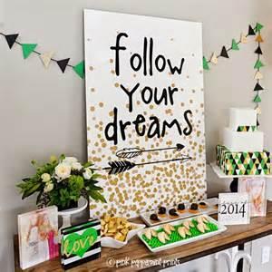 Graduation decor it s super chic to decorate your graduation party
