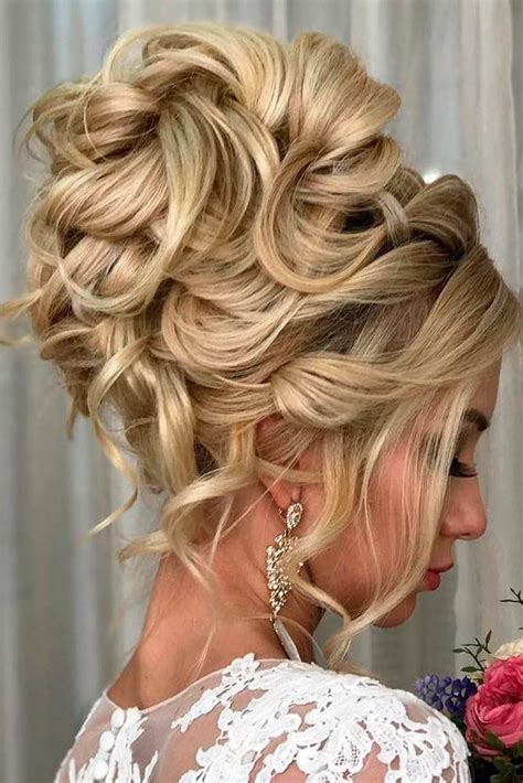 Hairstyles For Hair For Homecoming by 25 Best Ideas About Homecoming Updo Hairstyles On